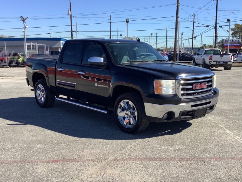 GMC Sierra 1500 2013 price $17,995