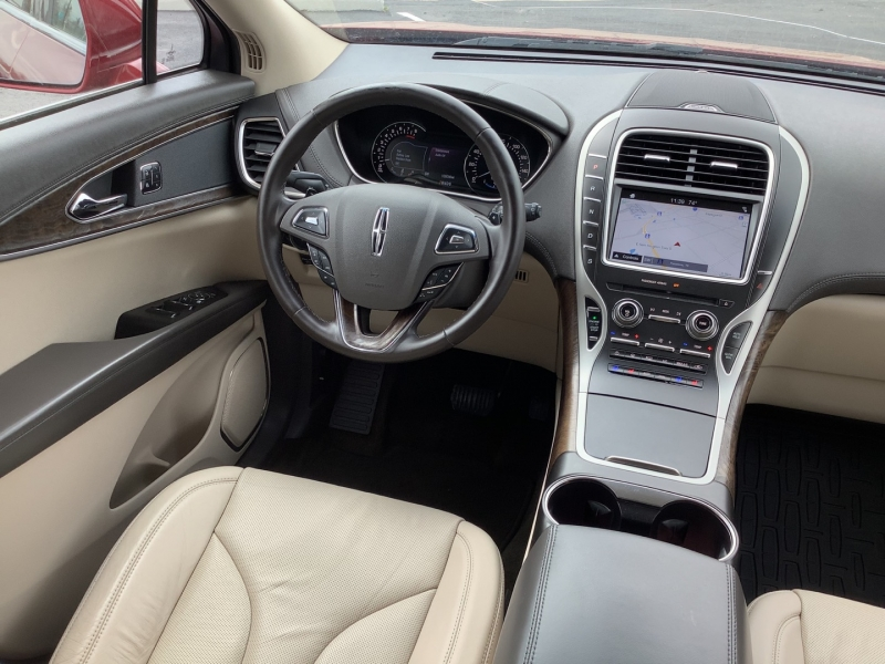Lincoln MKX 2016 price $18,995
