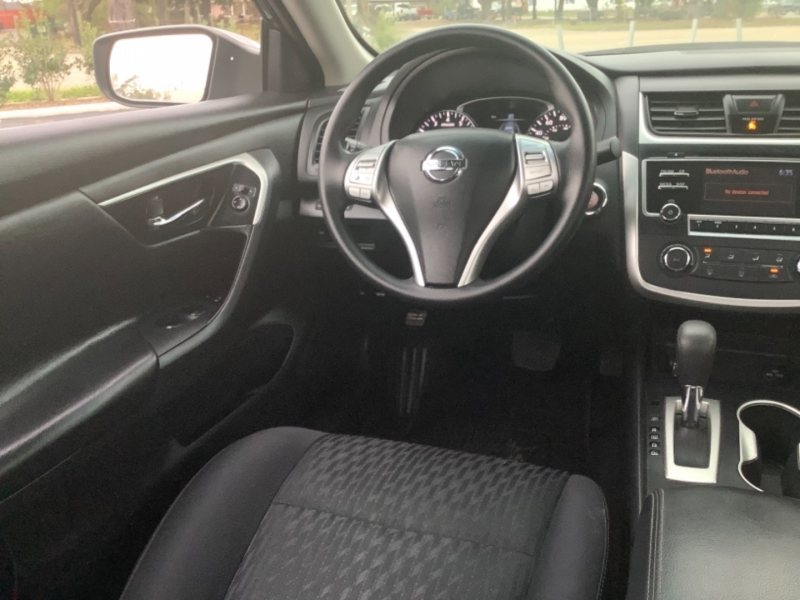 Nissan Altima 2018 price $15,995