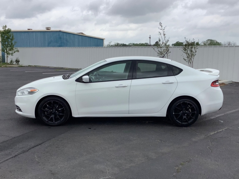 Dodge Dart 2013 price $7,995