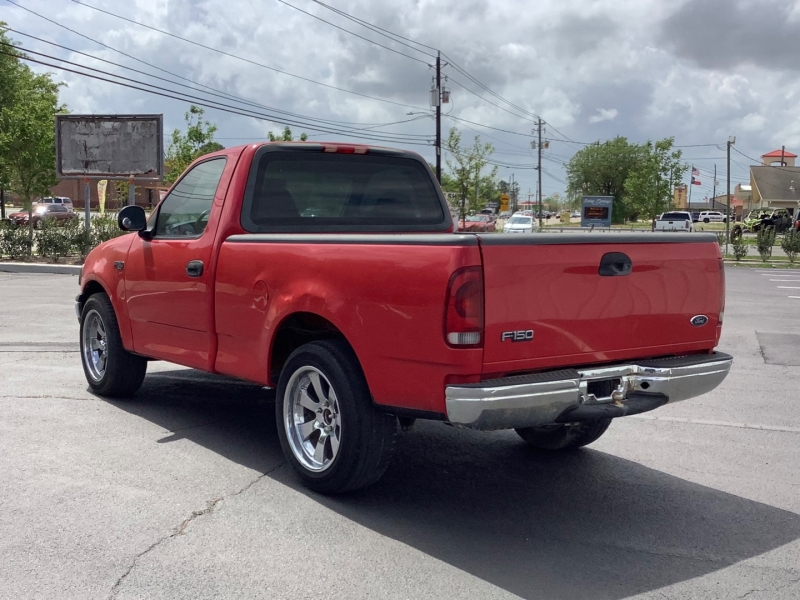 Ford F-150 2001 price $3,995