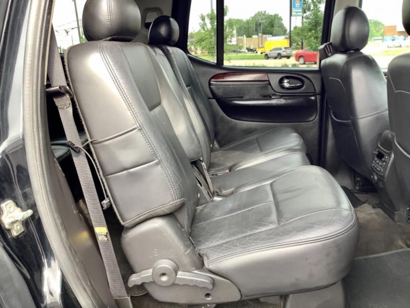GMC Envoy XL 2005 price $4,995