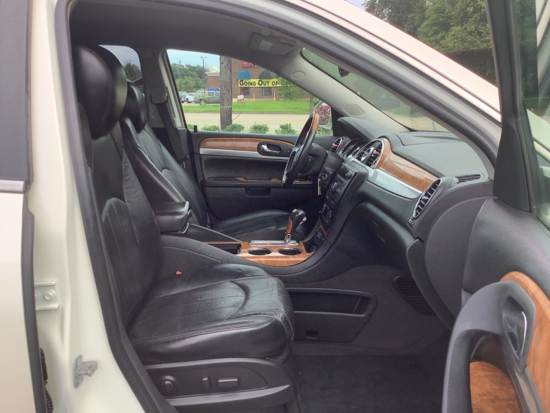 Buick Enclave 2010 price $8,995