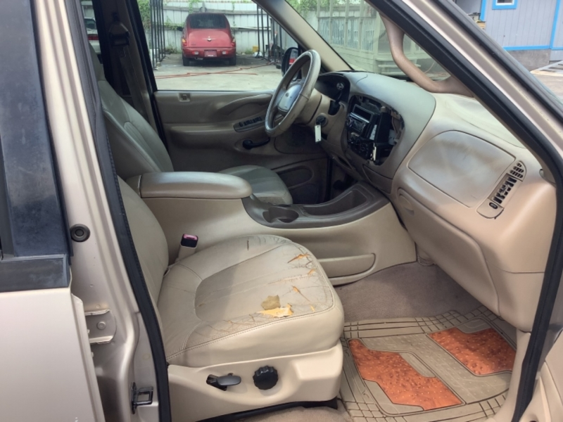 Ford Expedition 1998 price $2,995