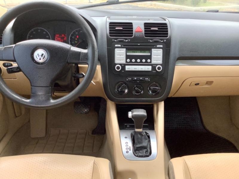 Volkswagen Jetta Sedan 2007 price $2,995