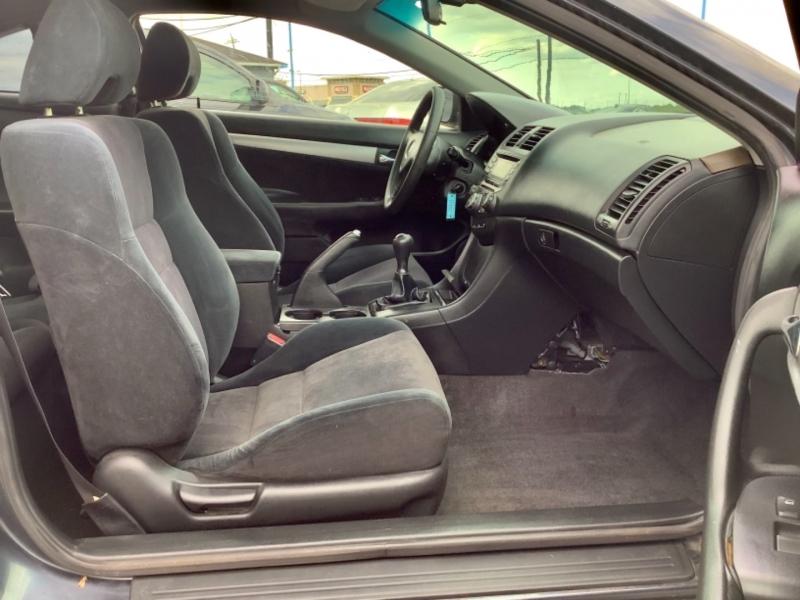 Honda Accord Cpe 2003 price $2,995