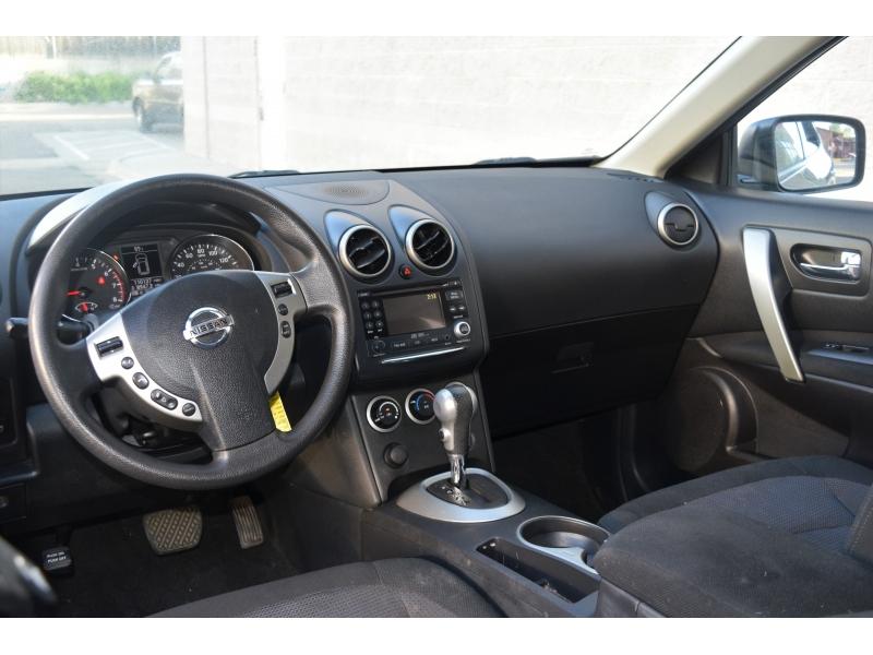 Nissan Rogue 2010 price $5,950