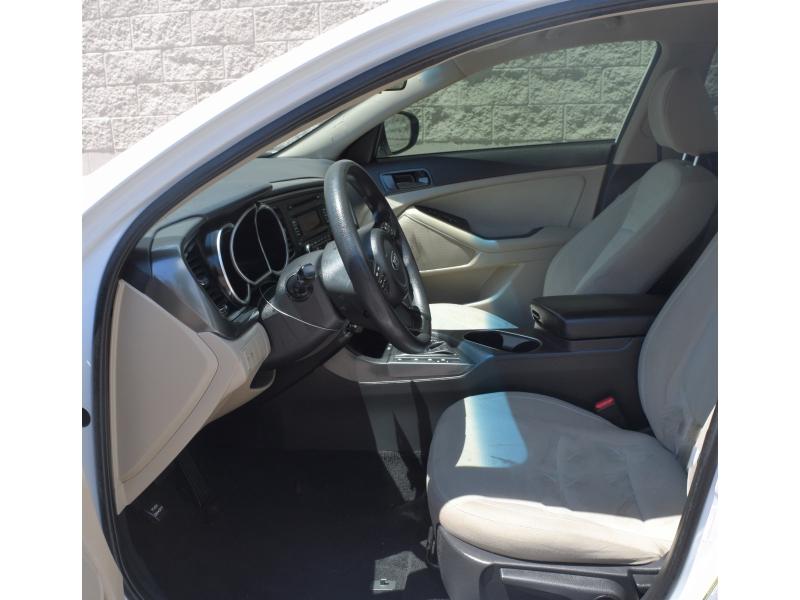Kia Optima 2015 price $9,990