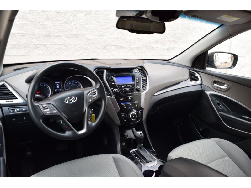 Hyundai Santa Fe 2013 price $6,800