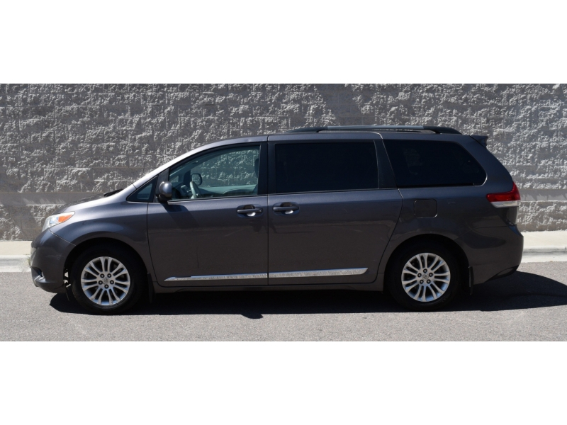 Toyota Sienna 2012 price CALL FOR PRICE