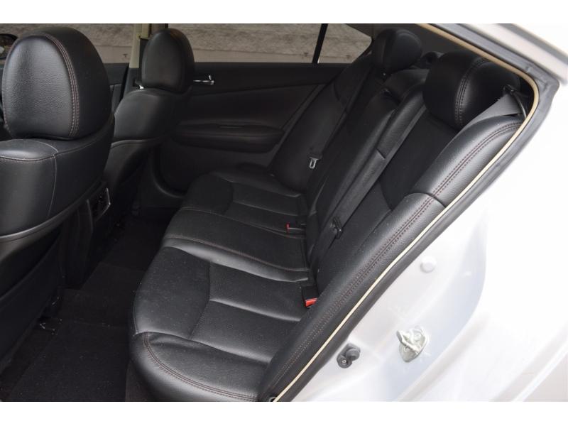 Nissan Maxima 2011 price $7,499