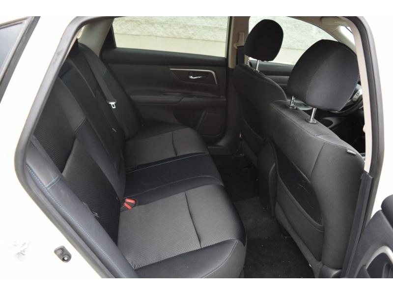 Nissan Altima 2016 price $8,499