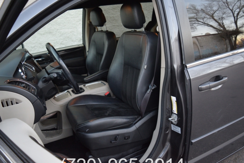 Dodge Grand Caravan 2017 price $9,500