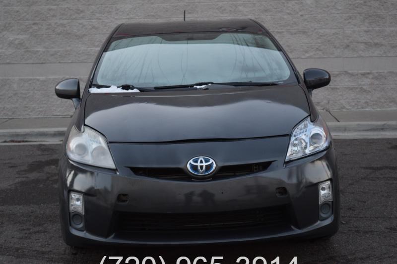 Toyota Prius 2011 price $3,990