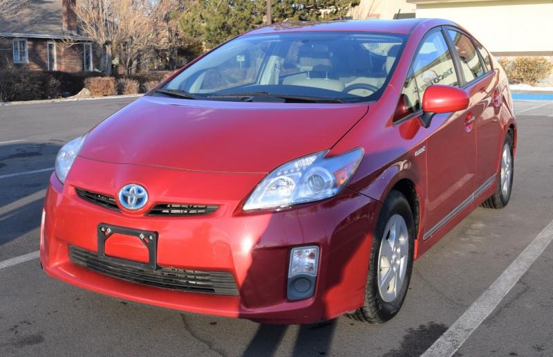 Toyota Prius 2011 price $8,500