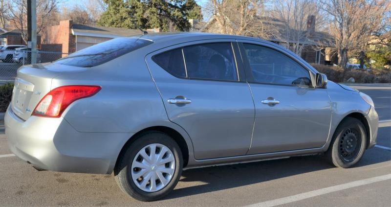 Nissan Versa 2012 price 4500+299D&H