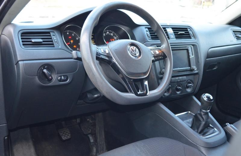 Volkswagen Jetta Sedan 2016 price $4,700