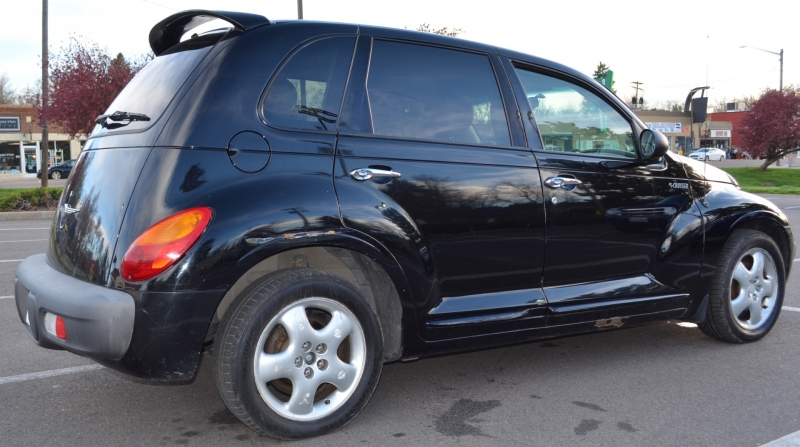 Chrysler PT Cruiser 2001 price $2,600