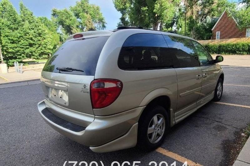 Dodge Grand Caravan 2006 price $11,900