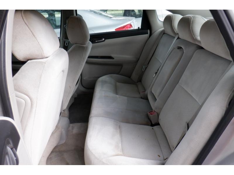 Chevrolet Impala 2009 price $3,500