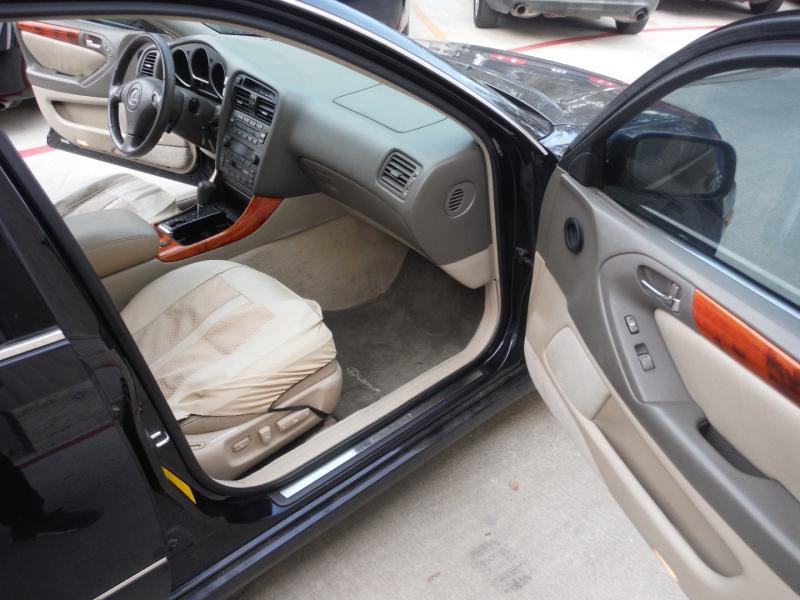 Lexus GS 300 2001 price $3,900