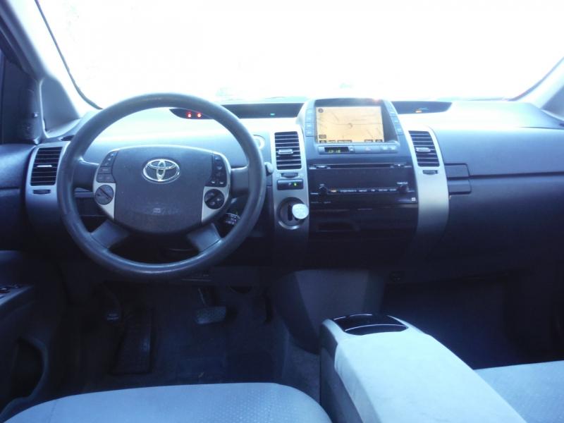 Toyota Prius 2008 price $2,800