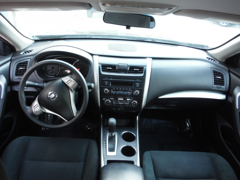 Nissan Altima 2015 price $6,900