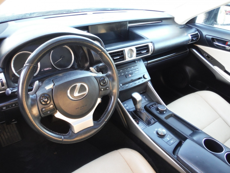 Lexus IS 250 2015 price $14,800