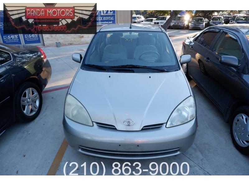 Toyota Prius 2003 price $3,500