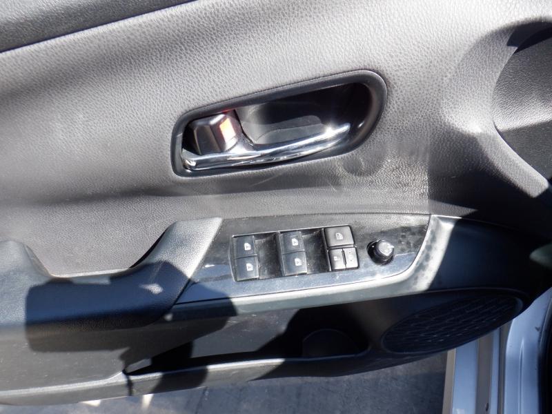 Toyota Prius 2017 price $9,500