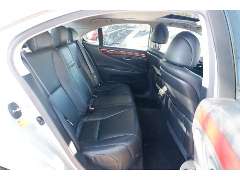 Lexus LS 460 2008 price $8,500