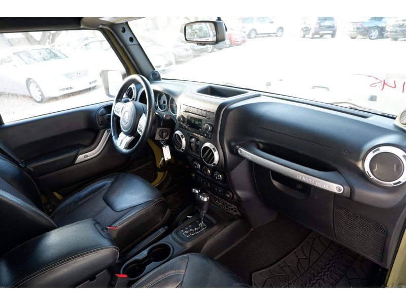 Jeep Wrangler Unlimited 2013 price $21,500