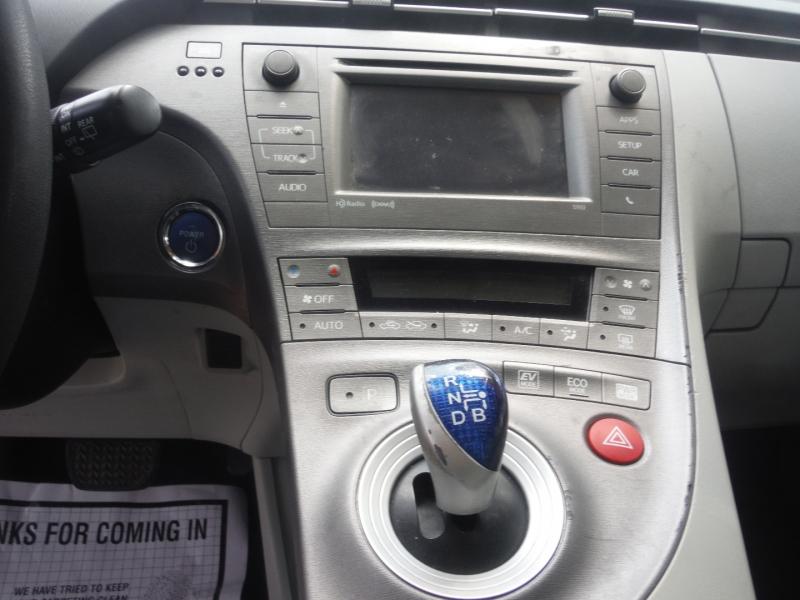 Toyota Prius 2013 price $7,900