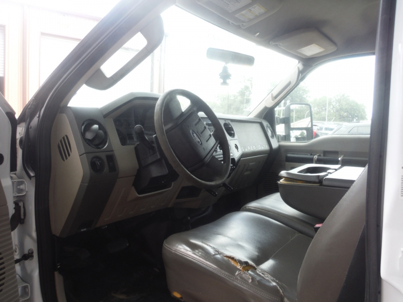 Ford Super Duty F-350 SRW 2010 price $15,900