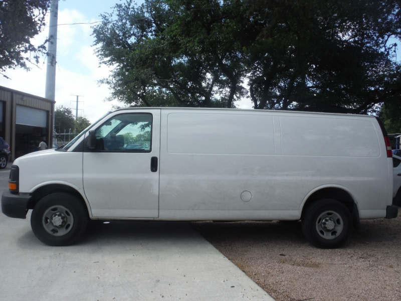 Chevrolet Express Cargo Van 2015 price $11,900