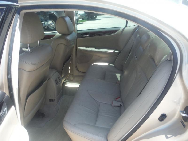 Lexus ES 300 2003 price $4,900