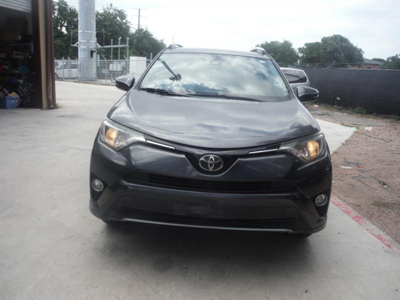 Toyota RAV4 2016 price $18,500
