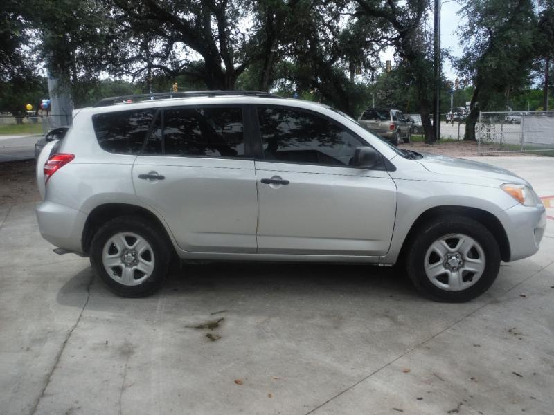 Toyota RAV4 2012 price $9,500