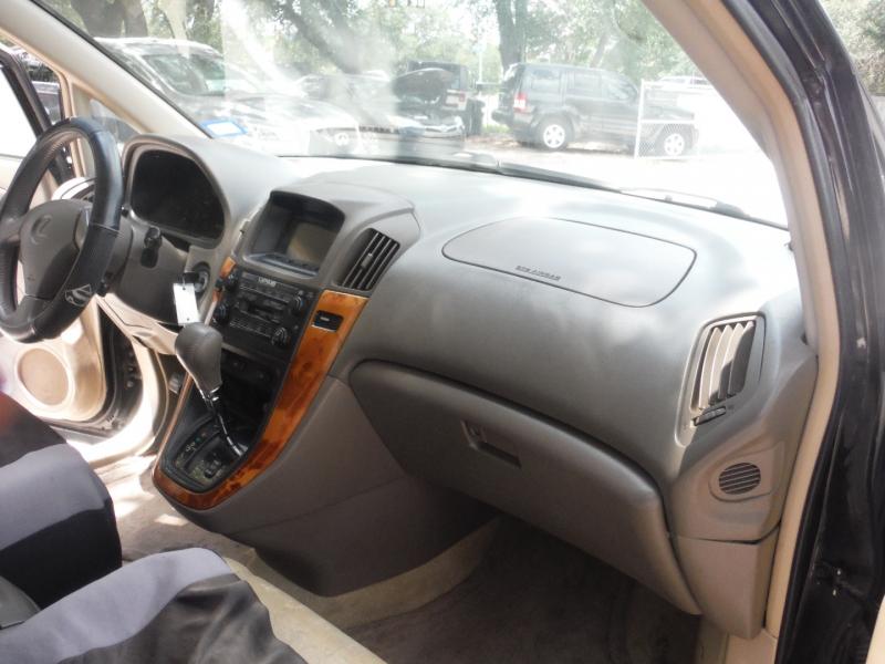 Lexus RX 300 2000 price $3,700