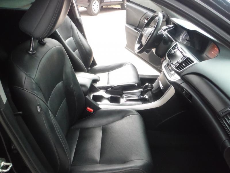 Honda Accord 2013 price $9,900