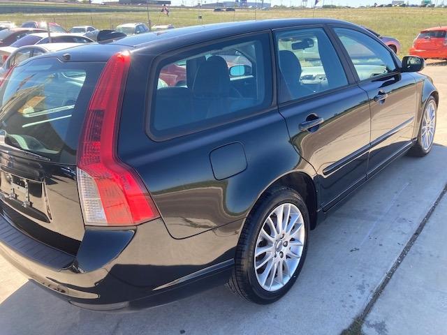 Volvo V50 2009 price $5,450