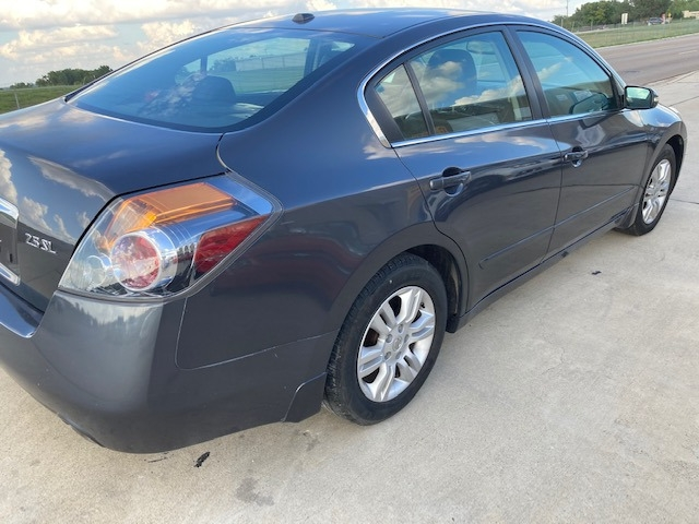 Nissan Altima 2010 price $5,550