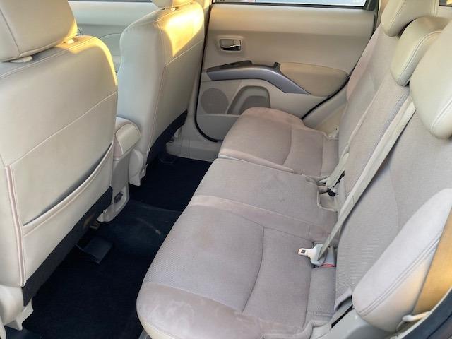 Mitsubishi Outlander 2009 price $4,550