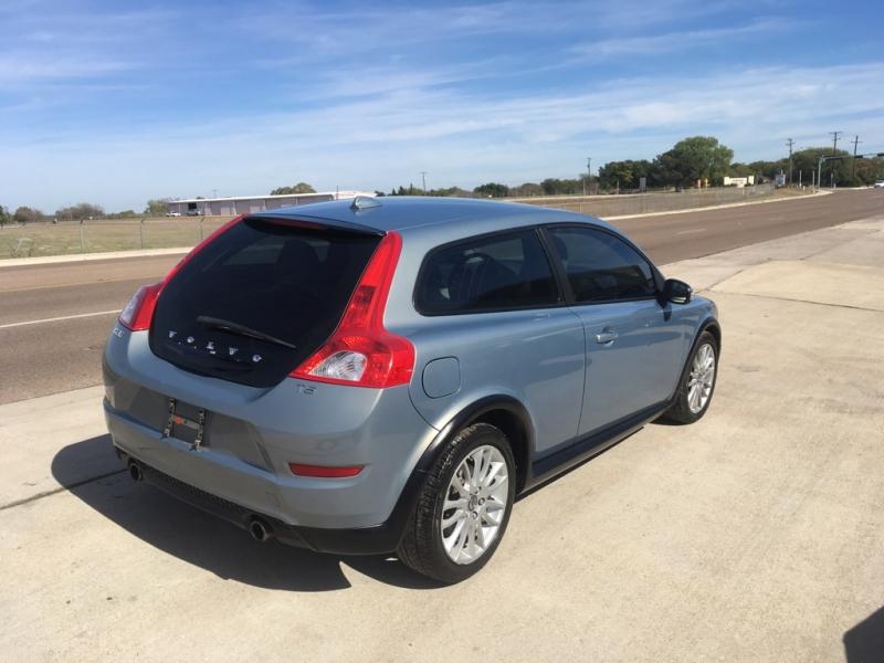 Volvo C30 2011 price $5,950