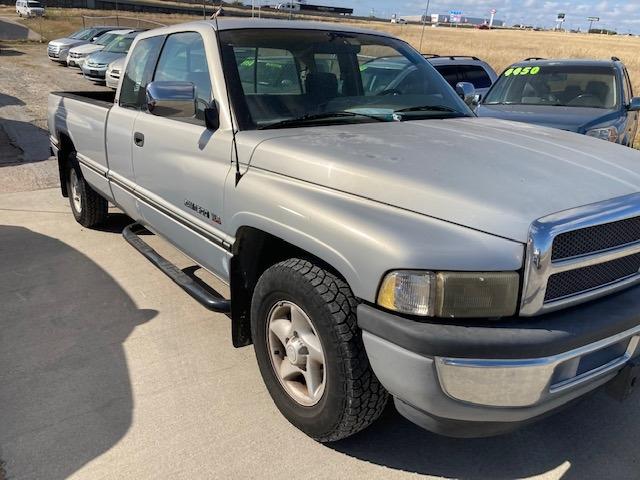 Dodge Ram 1500 1996 price $3,250