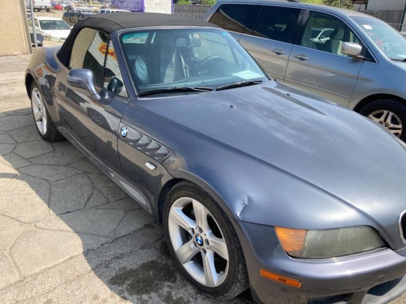 BMW Z3 2000 price $3,550