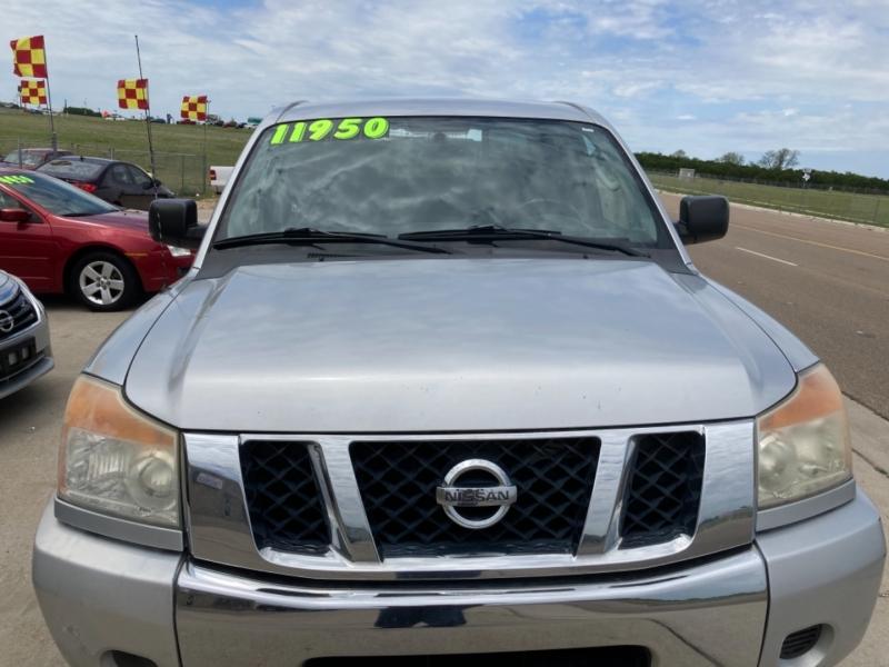 Nissan Titan 2010 price $11,500