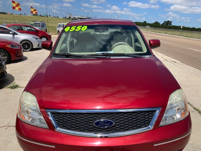 Ford Five Hundred 2005 price $4,550