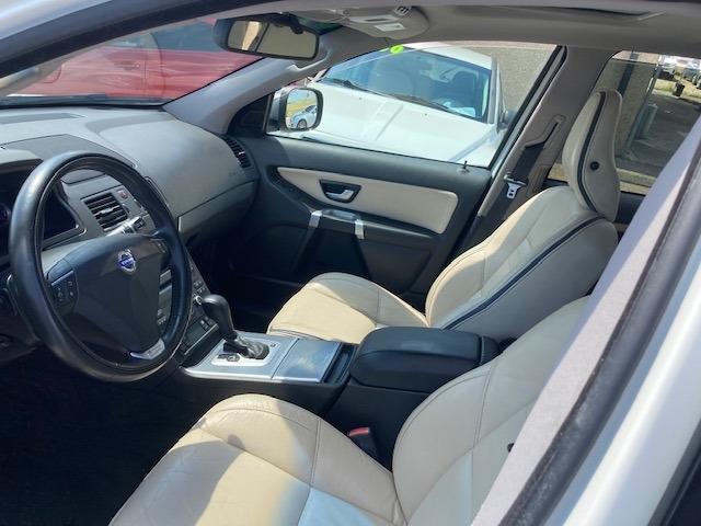 Volvo XC90 2010 price $6,950
