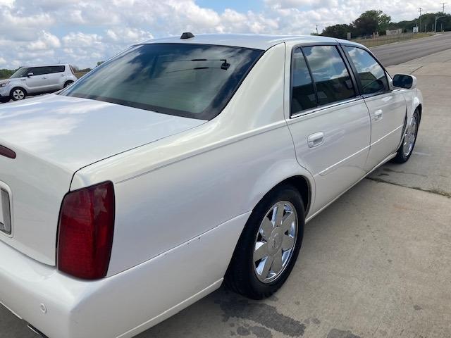 Cadillac DeVille 2004 price $4,450